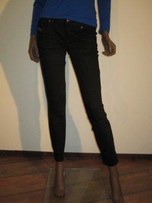 Diesel Jeans, Modell Grupee Ankle