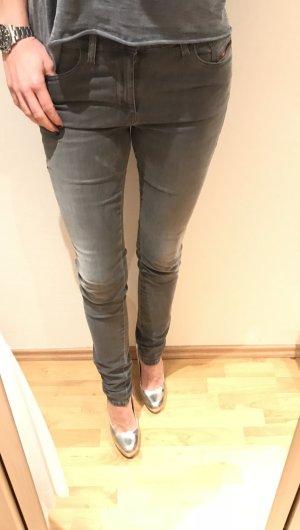 Diesel Jeans Weite 31 L 34 in grau wie neu