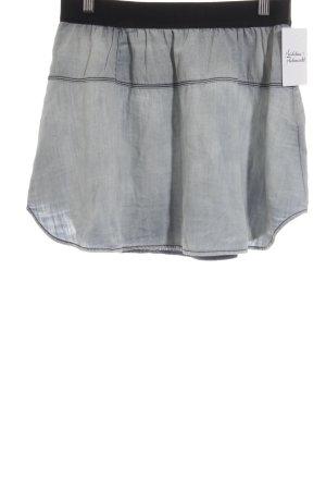 Diesel Jeansrock hellblau-schwarz Street-Fashion-Look