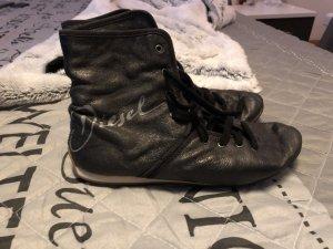 Diesel Schuhe aus Leder in dkl. grau