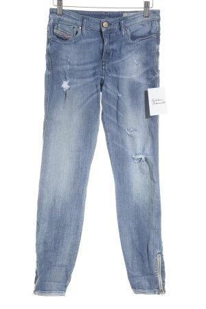 Diesel Skinny Jeans blassblau Street-Fashion-Look