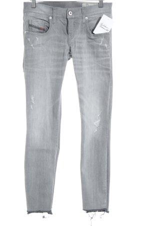 Diesel Skinny Jeans grau-hellgrau Street-Fashion-Look