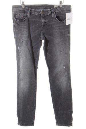Diesel Skinny Jeans grau Street-Fashion-Look