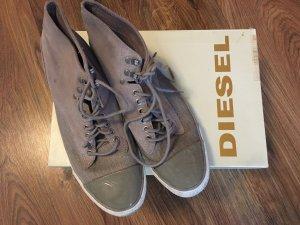 Diesel Lace-Up Sneaker beige