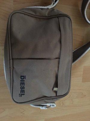bf208b696b2 Diesel Tassen tegen lage prijzen   Tweedehands   Prelved