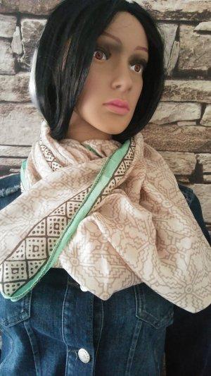 Dieser Schal der Marke Passigatti für Damen