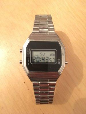 Reloj color plata-negro