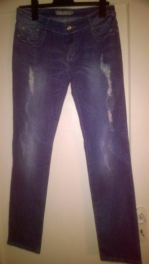 Diker Jeans Fashion Wear