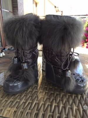 Dior snow boots