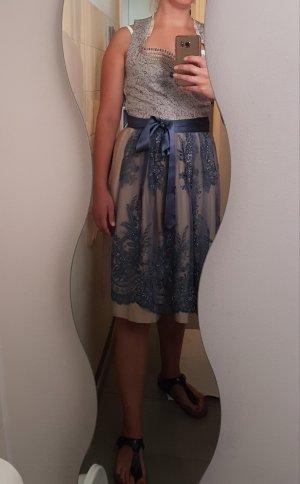 Vestido de noche crema-azul