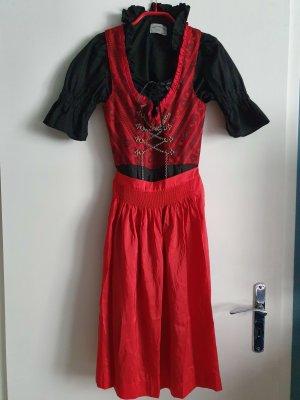 Dirndl black-red