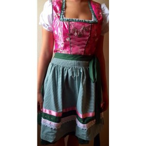 Dirndl Country Line, neu