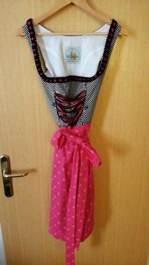 Delantal folclórico negro-rosa