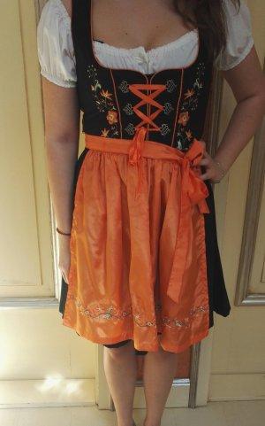 Dirndl von Fuchs in schwarz orange