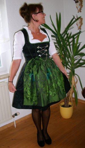 Dirndl von German Princess