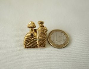 Emanuel Ungaro Broche color oro