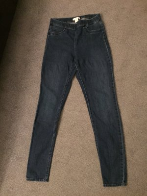 Diverse Jeans Größe 34