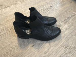 Divine Follie gelaserter Leder Schuh 39