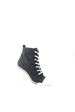 DKNY Absatz Sneaker schwarz-weiß Street-Fashion-Look