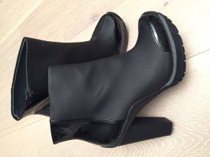 DKNY Platform Booties black synthetic material