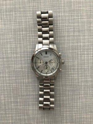 DKNY Armbanduhr mit Perlmuttziffernblatt
