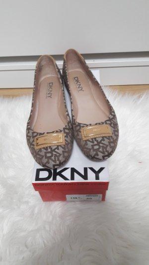 DKNY Ballerina
