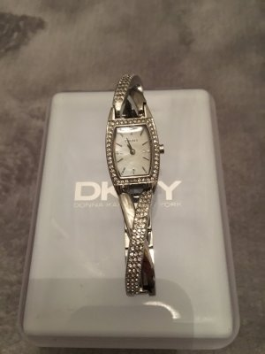 DKNY Damenuhr Silber