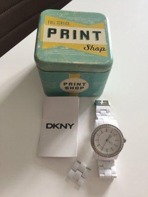 DKNY Damenuhr weiß Durchmesser 38 cm