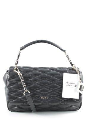 DKNY Handtasche schwarz Street-Fashion-Look