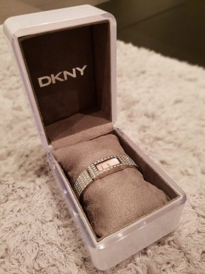 DKNY Watch With Metal Strap silver-colored