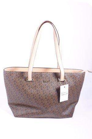 DKNY Shopper Monogram-Muster Street-Fashion-Look
