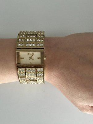 DKNY Uhr in Gold mit weißen Steinen