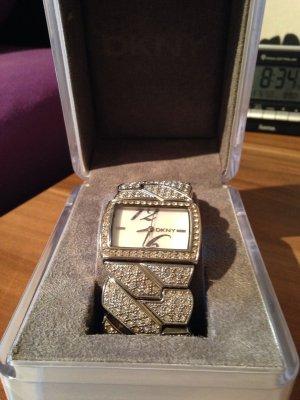 DKNY Uhr mit Swarovski Kristallen