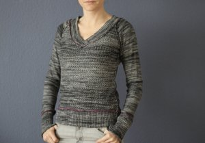 DKNY V-Ausschnitt Pullover