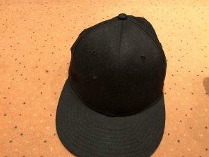 Baseball Cap black-white