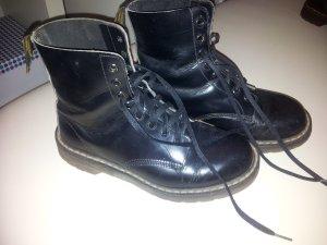 Doc Martens 8 Loch Boots