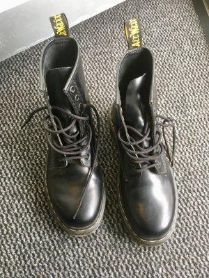 Desert Boots black leather