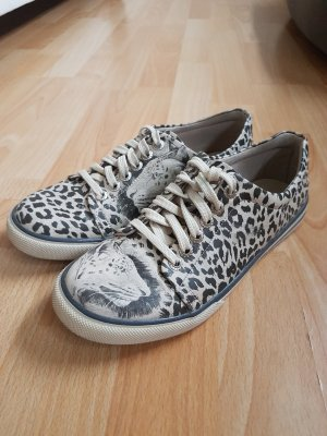 Dogo Sneaker Größe 37