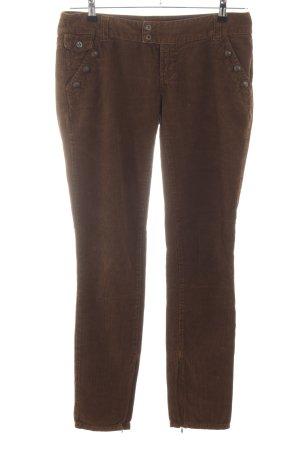 Dolce & Gabbana Pantalón de pana marrón look casual