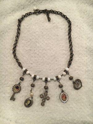 Dolce&Gabbana Halskette mit Anhängern