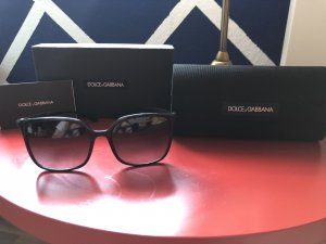 Dolce & Gabbana Angular Shaped Sunglasses black