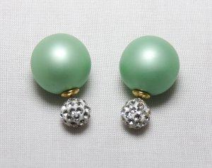 Boucles d'oreilles en perles vert clair-blanc