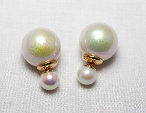 Boucles d'oreilles en perles crème matériel synthétique