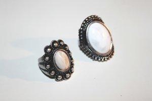 Doppelpack Ringe, silbern mit hellem Stein - Boho - Größe S