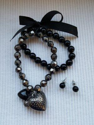 Doppelte Perlenarmbänder von Bijou Brigitte