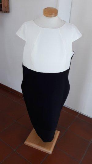 Dorothey Perkins Kleid Gr. 46/48 wurde auf diese Größe umgeändert