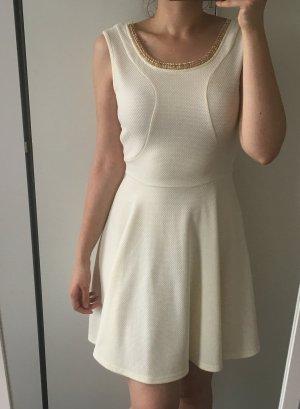 Dorothy Perkins creme Kleid mit goldener Kette