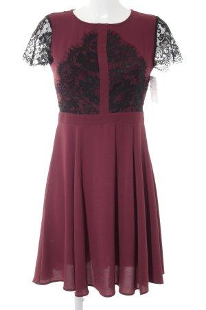 Dorothy Perkins Kurzarmkleid bordeauxrot-schwarz Elegant