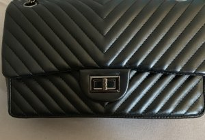 Double flap bag chevron