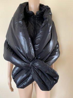 Abrigo de plumón negro